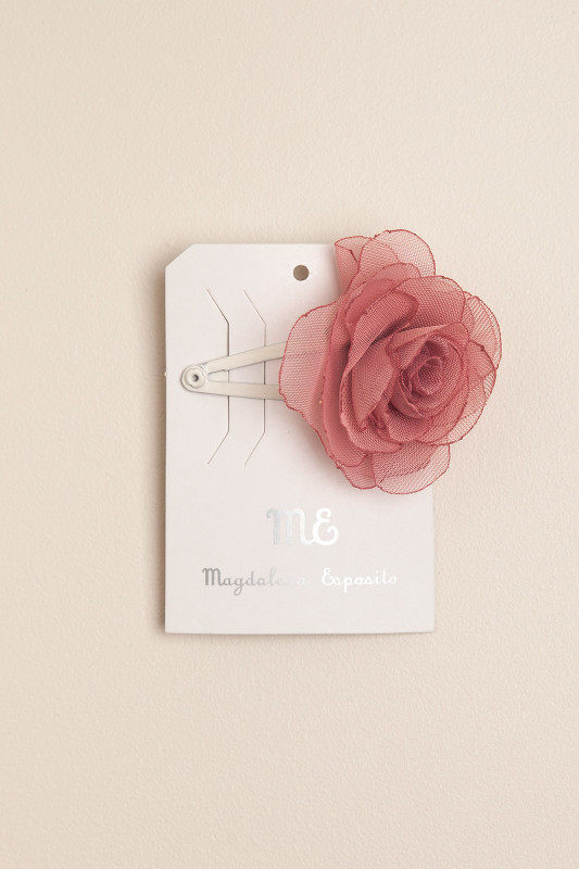 Sapito con flor rosa roma