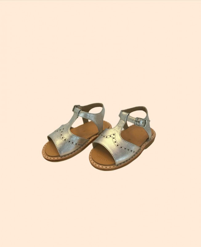 Sandalia puntito silver