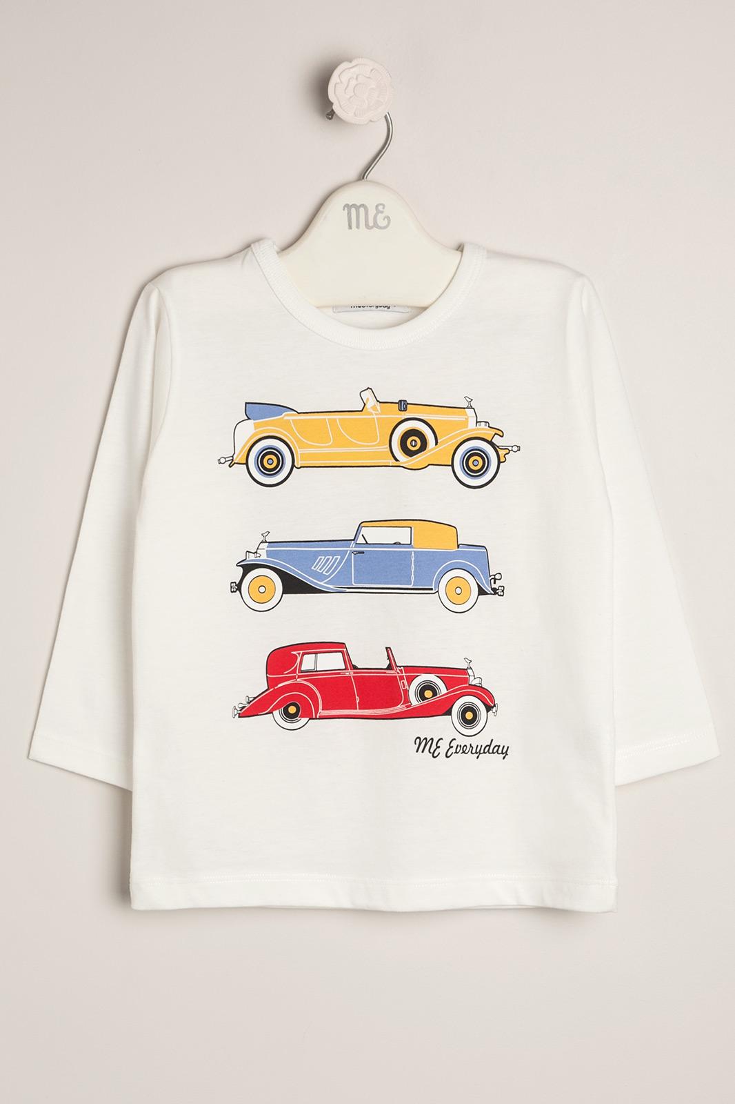 Remera autos antiguos crudo