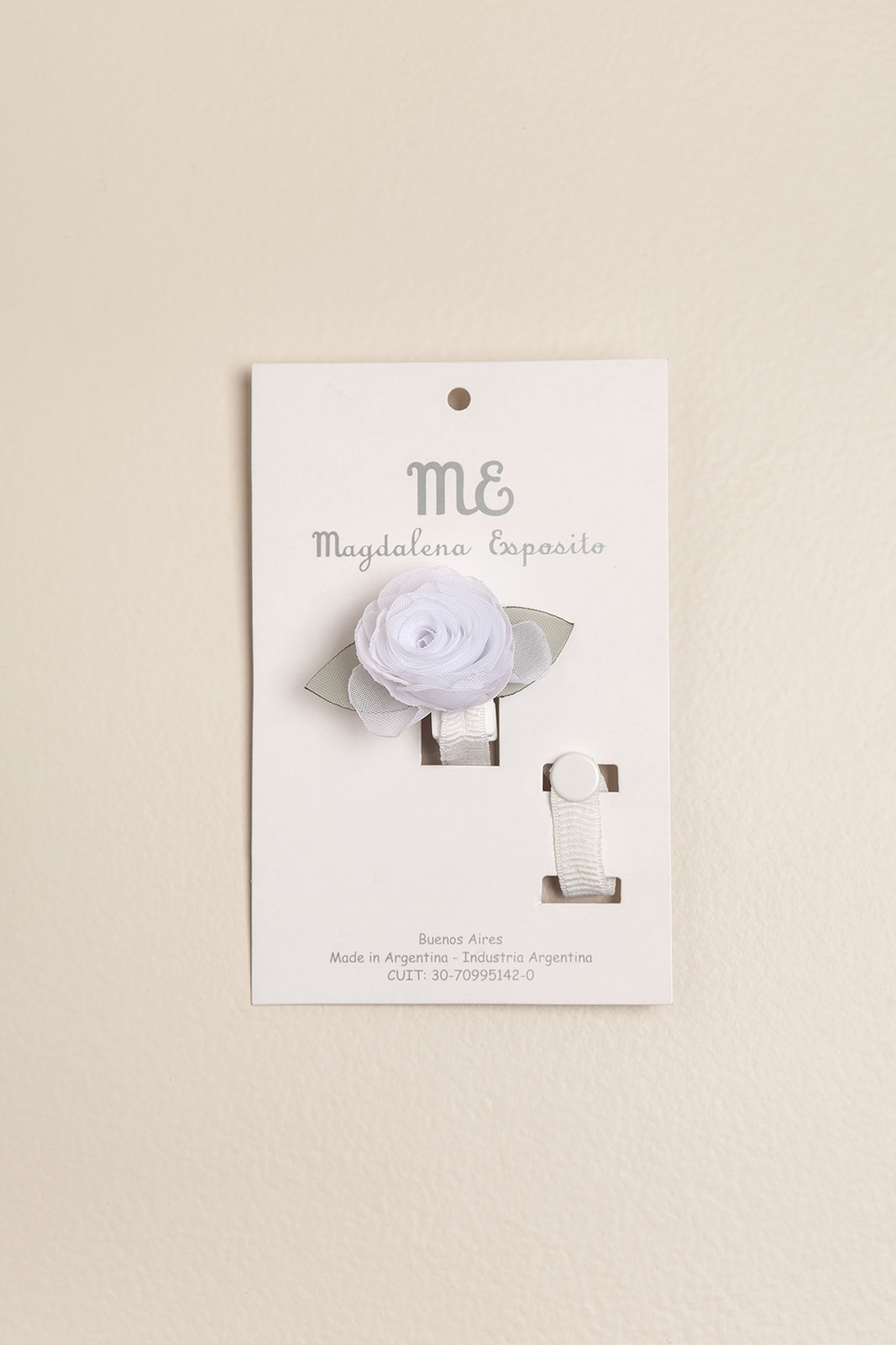 Portachupete flor de organza blanco