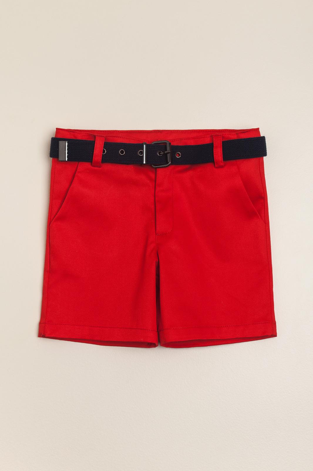Bermuda roja con cinturon